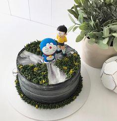 Simply D o r a e m o n . . .   ドラえもん +  野比のび太   #febspantry #buttercreamcake #doraemoncake #doraemon #japan