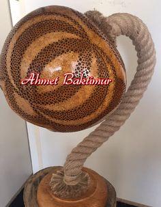 Pyrography Patterns, Gourd Lamp, Gourds, Crochet Hats, Crafts, Diy Light, Ideas, Pumpkins, Crafting