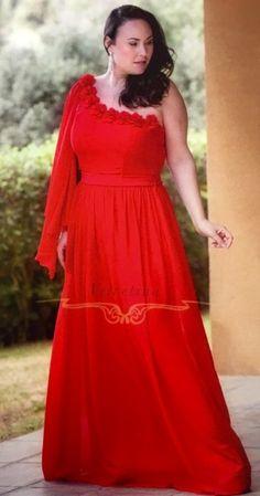 de68fe19285e Vestido de Fiesta en talla grande rojo Rozalen Precio  95 €.
