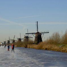 Kinderdijk winter schaatsen