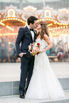 NYC Fall Wedding at 26 Bridge | Sarah Tew Photography | Alexander McQueen  | Reverie Wedding Gallery Blog