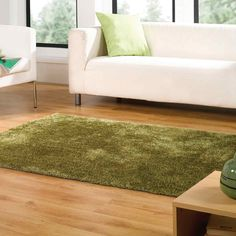 Grande Vista rugs are very soft and silky with a beautiful lustre that will make these gorgeous, mixed green colours look elegant in all room settings.