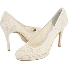 not usually a lace fan, but these are kinda cute