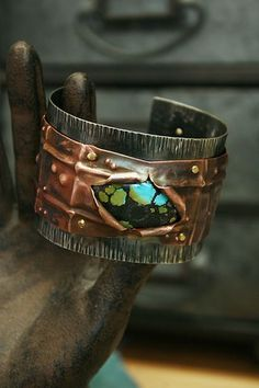 Deryn Mentock Eruption Cuff...volcano setting ♥ cold connection