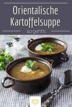 Wenn die Tage kühler werden, steigt die Lust auf deftige Kost. Koriander und Kreuzkümmel verleihen der klassischen Kartoffelsuppe Orient-Flair.