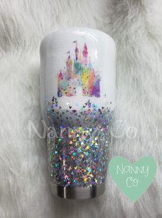 Arts And Crafts Beads Disney Cups, Disney Diy, Disney Crafts, Diy Tumblers, Custom Tumblers, Glitter Tumblers, Glitter Cups, Glitter Balloons, Glitter Glasses