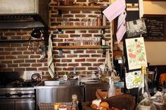 Beard is a cozy, intimate restaurant located in the backstreets of Meguro with one of the most pleasurable brunch experiences in Tokyo.