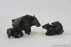 クマの親子 / Bear Family by Gen Hagiwara