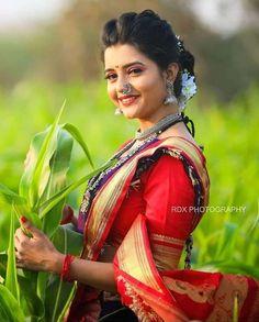 Sunset Wallpaper, Photo Wallpaper, Beautiful Girl Indian, Most Beautiful Indian Actress, Cute Photography, Saree Look, Indian Beauty Saree, India Beauty, Indian Actresses