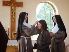 Poor Clare Heart Ponderings: Sister Veronica Reflects on Her Investiture Investiture Ceremony, Nuns Habits, Christian Artwork, Bride Of Christ, Metropolitan Opera, Religion, Roman Catholic, Veronica, Marie
