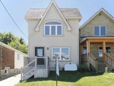 I am looking at this property: Detached - 3+1 bedroom(s) - Toronto - $668,800