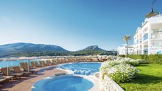 7 Nights 4* Self Catering in Majorca, Spain. Departs 1st May 2018 @ London Heathrow. ALL FOR: £425.00pp!