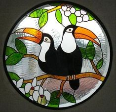 Dibujo vitral - Imagui Stained Glass Paint, Stained Glass Birds, Stained Glass Designs, Stained Glass Panels, Stained Glass Projects, Stained Glass Patterns, Glass Painting Patterns, Glass Painting Designs, Mosaic Art