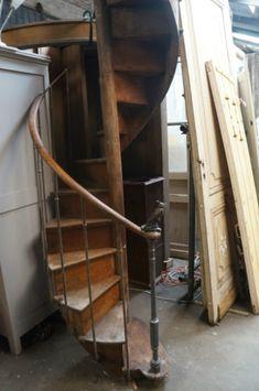 Houten draaitrap hoogte 4 meter jan van ijken bv stairs pinterest - Ruimtebesparende mezzanine ...