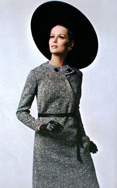 Lauren Hutton is wearing Bill Blass, 1967