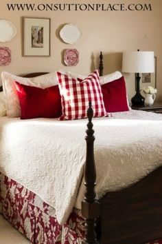 3 Easy Ways to Style a Bed | easy ideas and inspiration! |