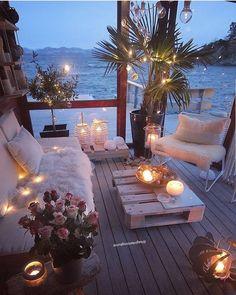 Dreamy Outdoor Living Spaces – The Marble Home Outdoor Rooms, Outdoor Living, Indoor Outdoor, Balkon Design, Dream Rooms, Backyard Patio, Patio Table, Backyard Seating, Diy Patio