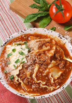 Lasagna Soup - A Southern Soul Lasagna Soup, No Noodle Lasagna, Lasagna Noodles, Gourmet Recipes, Soup Recipes, Healthy Recipes, One Pot Meals, Easy Meals, Classic Italian Dishes