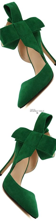 Fabulous suede statement heels in green.They steal the show.