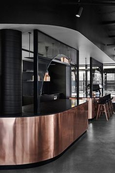 20 Faulous Restaurant Interior For You To Make an Interesting Inspiration Black Restaurant, Restaurant Concept, Cafe Restaurant, Open Kitchen Restaurant, Restaurant Interior Design, Cafe Interior, Foodtrucks Ideas, Bar Counter Design, Restaurants