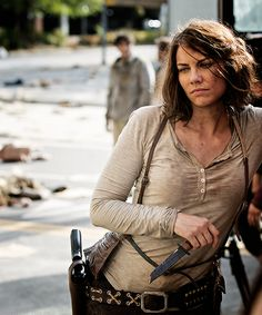 "Behind the scenes of The Walking Dead season 5 ""Self Help"". Lauren Cohan  WHAT WILL SHE DO WITHOUT GLEEN??"