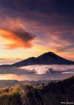 Check, hike started at 4 am! Sunrise at Mt Batur, Bali - http://www.baliecocycling.com/batur-trek/
