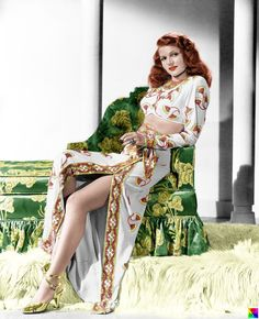 """Rita Hayworth - """"Gilda"""" (1946) - Costume designer : Jean Louis."""