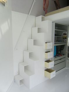 √ 25 Most Clever Storage Ideas for Small Spaces (Created by Experts) Tiny House Stairs, Loft Stairs, Mini Closet, Craft Storage Ideas For Small Spaces, Space Saving Staircase, Stairs To Heaven, Interior Stairs, Attic Rooms, Small Places