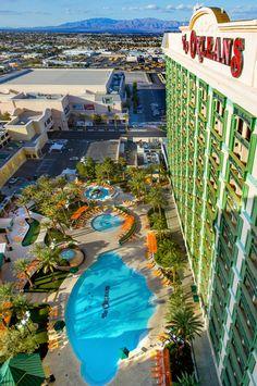 Hotel Resort Swimming Pool in Las Vegas - The Orleans #summervegasfun
