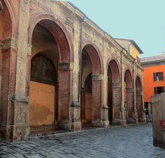 Bologna - City of Arcades (One is 3 miles long. Bologna, Arcade, Italy, Italia