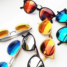 SPEKTRE AUDACIA STYLE... CHOOSE YOUR FAVORITE COLOUR...WE LOVE THEM ALL..  :-)