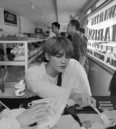Mark Lee, Nct 127, Super Junior, Johnny Lee, Popular People, Rap God, Lee Taeyong, Gong Yoo, Reaction Pictures