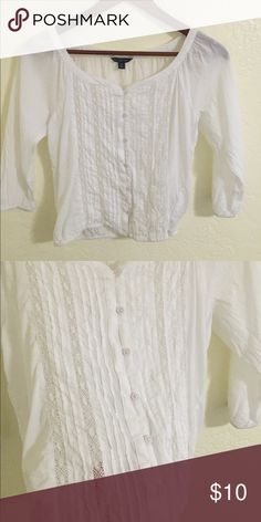 AEO top 3/4 sleeves with elastic bands at the arms and at the bottom, super cute lace in the front MAKE AN OFFER NEED GONE ASAP American Eagle Outfitters Tops
