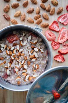 Strawberry Almond Oatmeal | 1 serving / 420 calories / 14.5g protein  Ingredients  1/2 cup rolled oats  1/2 oz freeze dried strawberries  1/4 cup almonds, chopped  1/2 teaspoon sugar  1/8 teaspoon salt