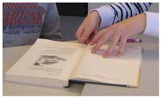 Voor een leerling uit mijn groep 3 die nog veel moeite heeft met het aanvankelijk lezen, zijn we gestart met het tutorlezen. Voor de tutor heb ik een hulpkaart gemaakt.