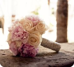 Cocoa Chu Chu { the blog }: Wedding bouquets { Peony, Rose and Hydrangea }
