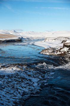 ROSE & IVY Journal Escape to Iceland Fjaðrárgljúfur Canyon