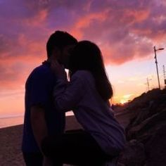 goals with boyfriend quotes & goals with boyfriend ; goals with boyfriend bucket lists ; goals with boyfriend quotes Cute Couples Photos, Cute Couple Pictures, Cute Couples Goals, Romantic Couples, Couple Photos, Romantic Beach, Couple Goals Teenagers Pictures, Power Couples, Romantic Ideas