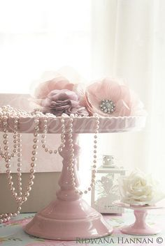 shabby chic with pearls BRUNCH decor - Google Search