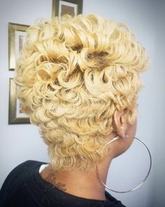 updo hairstyles for black women Curls Short Hair Updo, Short Hair Styles, Women's Curling, Black Women Hairstyles, Updos, Looks Great, Salons, Curls, Stylists