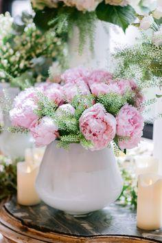 Our Packages - Destination wedding planner in France Paris Elopement, Paris Wedding, French Wedding, Chic Wedding, Wedding Flower Decorations, Wedding Bouquets, Wedding Flowers, Wedding Proposals, Wedding Venues