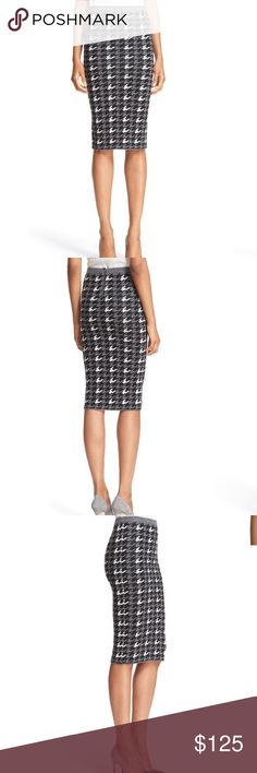 alice + olivia delphi houndstooth pencil skirt NWT alice + olivia delphi houndstooth pencil skirt NWT Alice + Olivia Skirts Pencil