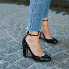 Cropped jeans and heels with anckle-straps. | @andwhatelse