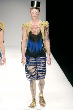 KATIE EARY SS10