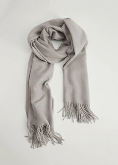 Essential prices de Mulher 2020 | Mango Portugal Mango, Chunky Scarves, Womens Scarves, Heather Grey, Essentials, Casual, Fabric, Accessories, United Kingdom