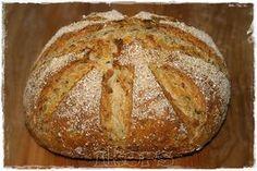 Gute Laune Brot   (für den 2L Römertopf)     350 g Wasser   20 g Hefe     3 Min./37°/St.1      400 g Weizenmehl 1050er   35 g Haferklei...