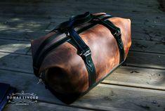 Cestovni taska z prave kuze vyrona rucne na zakazku v Ceske republice #Cestovni taska z prave kuze