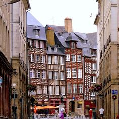 Really enjoyed walking the streets of Rennes, in country France around Christmas time