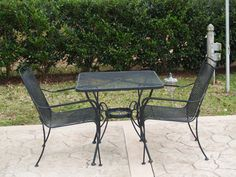 Table ovale Bilbao avec chaises Florence - Océo.   En terrasse ...