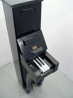 A piano for narrow houses